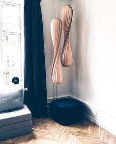 Find the Tom Rossau-lamps at Design Lightings webshop: https://luksuslamper.dk/shop/tom-rossau-341c1.html