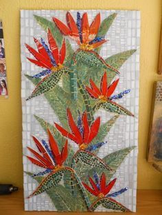 Mosaic birds of paradise Mosaic Pots, Mosaic Diy, Mosaic Garden, Mosaic Crafts, Mosaic Projects, Mosaic Glass, Mosaic Tiles, Tiling, Mosaic Artwork
