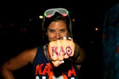 Kappa Alpha Theta University of Southern California Theta Knuckles Total Sorority Move, Hope College, Go Fly A Kite, Kappa Alpha Theta, University Of Southern California, Sorority Outfits, Bid Day, Greek Life, Fun Stuff