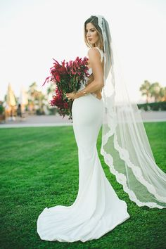 Wedding Dress Spotlight: Katie May's Backless Barcelona Gown {Images by Abbi}| Wedding Blog | Confetti Daydreams