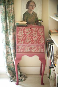 Desk printed with Flock patterned paint roller using Annie Sloan paints