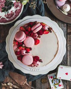 Jablkové tartaletky so slaným karamelom - Coolinári Acai Bowl, Panna Cotta, Cheesecake, Breakfast, Ethnic Recipes, Blog, Glitter, Mini, Basket