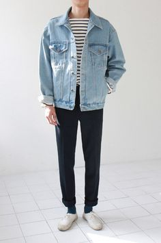 Oversized denim jacket and stripes.