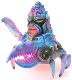 Name:Platform: King JinxArtist: Paul KaijuManufacturer: Paul KaijuMaterial: Resin