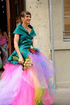 """magnifique robe de mariée arc en ciel par la créatrice """"les trésors de Pépite"""""""