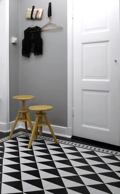 Via Facing North with Gracia | Grey Hallway | Geometric Floor