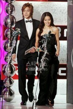 We Got Married - Lettuce Couple/ Joongbo - Hwangbo <3  Watch them @ http://wgmhammer.blogspot.com/2014/02/wgm-lettuce-couple-eng-sub.html