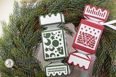 Szaloncukor kicsit másként - TS2756E Gift Wrapping, Scrapbook, Christmas Ornaments, Holiday Decor, Gifts, Home Decor, Mint, Gift Wrapping Paper, Presents
