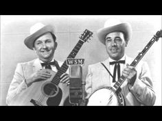 Music for Monday: Foggy Mountain Breakdown - Flatt & Scruggs. Time for a little bluegrass, and the foggy mornings the last couple of days fit right in! One Song Workouts, Mini Workouts, Cheer Workouts, Workout Songs, Morning Workouts, Lester Flatt, Running Songs, Foggy Mountains, Barn Dance