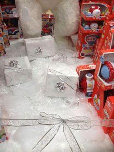 Allestimento Natale - Punto Vendita #IoBimboSardegna #Olbia #Natale #2012 #Neve #AlberoNatale #Regali