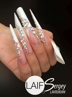 Russian almond,blade,pipe,stiletto,edge nails (pinky to thumb) Bling Bling, Bling Nails, Long Stiletto Nails, Sexy Nails, Gorgeous Nails, Pretty Nails, Edge Nails, Manicure E Pedicure, Nails Tumblr
