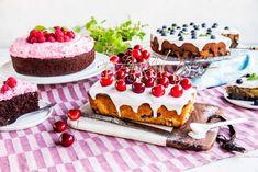 Tre friske og saftige sommerkaker med sesongens frukt og bær | Melange