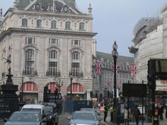 Picadilly Circus Street View, London, Live, London England