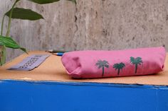 Handmade casket saysomething lab design handprinted goods palm trees summer is near spesial casket for pencils/accessories/make up visit us on facebook https://www.facebook.com/saysomethinglab/?hc_ref=ARRIFeyn3leU2Ka98sYqTTAw1D1n3VZOdY-9BEVjuQjMrZ5gFyFZLqbUZaKecYDBtLw visit us on Etsy