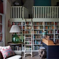 Discover real homes on HOUSE - design, food & travel by House & Garden. When the head designer of Colefax turns a barn in to a reading-room-cum-guest-cottage you should take a look.