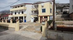 #Apartmani Anđela #Starigrad #Paklenica #Croatia http://www.croatia-tourism.eu/ponuda/viewproperty/apartmani-andela/507?lang=hr