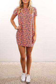 *JEAN JAIL - ALL ABOUT EVE    Luminous tee dress neon dusty pink   Vestido-camiseta neón rosa
