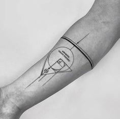 Small Geometric Tattoo, Geometric Tattoos Men, Geometric Tattoo Design, Mandala Tattoo Design, Tatouage Fibonacci, Fibonacci Tattoo, Torso Tattoos, Body Art Tattoos, Sleeve Tattoos