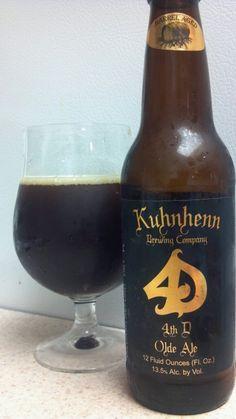 Cerveja Fourth Dementia Olde Ale, estilo Old Ale, produzida por Kuhnhenn Brewing, Estados Unidos. 13.5% ABV de álcool.