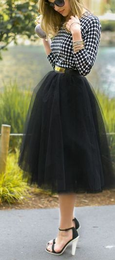 Tulle skirt // I low key want a tulle skirt. I also want a good place to go where I can wear it. *shrugs*