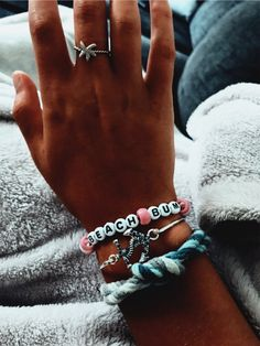 See more of kaylasheehey's VSCO. See more of kaylasheehey's VSCO. Pony Bead Bracelets, Cute Bracelets, Pony Beads, Beaded Friendship Bracelets, Summer Bracelets, Summer Jewelry, Beach Jewelry, Cute Jewelry, Jewelry Accessories