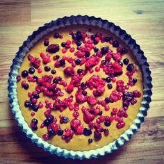 Zdravý letní koláč s ovocem ze špaldové mouky