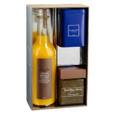 Un coffret cadeau contenant : - 1 pot de confiture rhubarbe 240 gr - 70 gr de thé Marco Polo - 1 nectar de mangue ou framboise (parfum au choix) 33 cl Alain Milliat