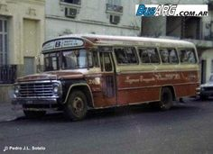 Escuderias F1, School Bus Conversion, Ford, Busses, Quito, Guys And Girls, Old World, Chile, Volkswagen