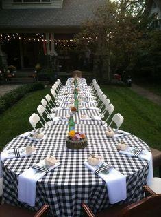 Summer Backyard Parties, Backyard Party Decorations, Rehearsal Dinner Decorations, Backyard Bbq, Outdoor Parties, Rehearsal Dinners, Wedding Backyard, Backyard Party Lighting, Indoor Wedding