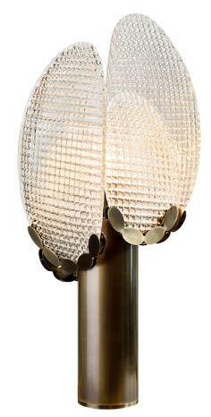 本厂专业定制设计非标工程灯具,承接国内外各大酒店售楼部样板房豪宅会所灯具的设计与生产,有项目需要定制或者报价的可以加下上面我的微信,我们这也有一些灯具资料供您参考 Luxury Table Lamps, Unique Table Lamps, Luxury Lighting, Unique Lighting, Lighting Design, Pendant Chandelier, Chandelier Lighting, Light Table, Lamp Light