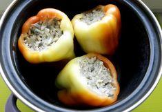 Ardei umpluti cu ciuperci pentru copii | Vegetables, Food, Bulgur, Essen, Vegetable Recipes, Meals, Yemek, Veggies, Eten
