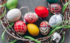 Télécharger fonds d'écran Les œufs de pâques, des oeufs, du printemps, de la cannelle, de bois, fond, nid