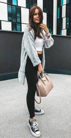 ab985f6f39 como vestirse para ir a la universidad en invierno Outfits Casuales Mujer