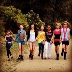Mackenzie, Kendall, Brooke, Maddie, Nia, Paige, and Chloe. Dance Moms Omg I love Mackenzie's pose right now...