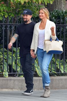 Benji Madden and Cameron Diaz hold hands in New York on Sept. 8, 2014. - Teach/Fame Flynet