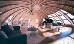 Dome homes aren't just visually delightful—they also have advantages over your typical boxy house. Russian company SkyDome's futuristic dome home is one. Cabin Design, House Design, Eco Construction, Modern Interior, Interior Design, Interior Decorating, Futuristic Home, House Paint Interior, Dome House