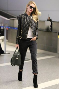 la-modella-mafia-Rosie-Huntington-Whiteley-2013-model-off-duty-street-style-in-a-Balmain-leather-quilted-jacket-and-cropped-jeans-2.jpg 500×...