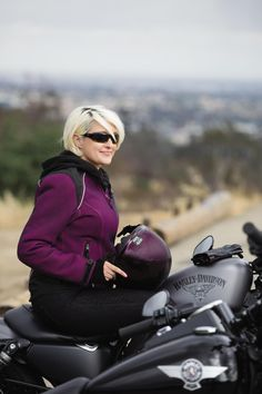 Good looks, exceptional features, incredible cause. | Harley-Davidson Women's #PinkLabel 3-in-1 Mesh Jacket