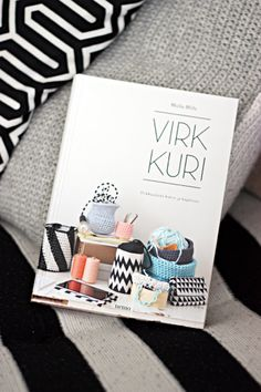 Sort of pink.: Lovely Virkkuri! I really want this book!