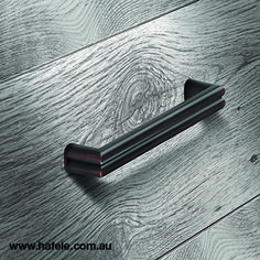 Häfele creates it's furniture handle collection: designs and finished for every taste Furniture Handles, Cabinet Makers, Industrial Furniture, Collection, Design, Doors