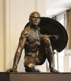 Christophe Charbonnel : Watcher II, study in bronze Art Sculpture, Modern Sculpture, Bronze Sculpture, Carpeaux, Arte Robot, Art Of Man, Figure Poses, Art Moderne, Male Figure