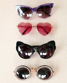 Sunnies come in all shapes and sizes! What kind of sunnies do you like? ALLLLLLLLLL of them!