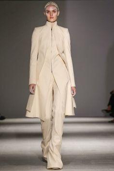 Gareth Pugh Atumn/ Winter 2014 runway collection - Gareth Pugh @ Paris Womenswear A/W 2014 - SHOWstudio - The Home of Fashion Film