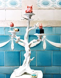 easter treets display blue easter from schoener wohnen magz