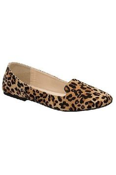 How cute are these Leopard Print Loafer Flats? Leopard print never goes out of style! These Leopard Loafrers are the newest style & all over Pinterest! They ar are a must-have this fall! These faux suede flats feature a slip-on loafer style. These are running true to size. *All shoe returns are eligible for online credit or exchange only.