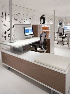 "Fabulous work-space and article about ""future-proofing"" the office"