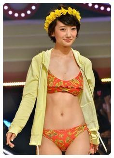 Also about uniforms and cups! Swimsuits, Swimwear, Asian Woman, Asian Beauty, Waves, Lingerie, Actresses, Actors, Female