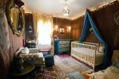 Obsessed but you know I love Moroccan anything A Moroccan-Themed Explorer's Nursery My Room Hippie Nursery, Indian Nursery, Bohemian Nursery, Nursery Themes, Nursery Room, Girl Nursery, Nursery Decor, Nursery Ideas, Themed Nursery