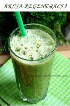 koktajl pietruszkowy Healthy Drinks, Healthy Eating, Healthy Recipes, Lemonade, Health Tips, Smoothies, Remedies, Food And Drink, Health Fitness