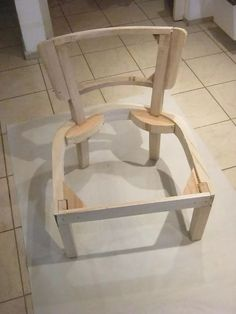 esqueletos materas poltronas para tapizar Furniture Making, Diy Furniture, Furniture Design, Modular Furniture, Steel Furniture, Wood Resin Table, Wooden Cupboard, Living Room Sofa Design, Sofa Frame